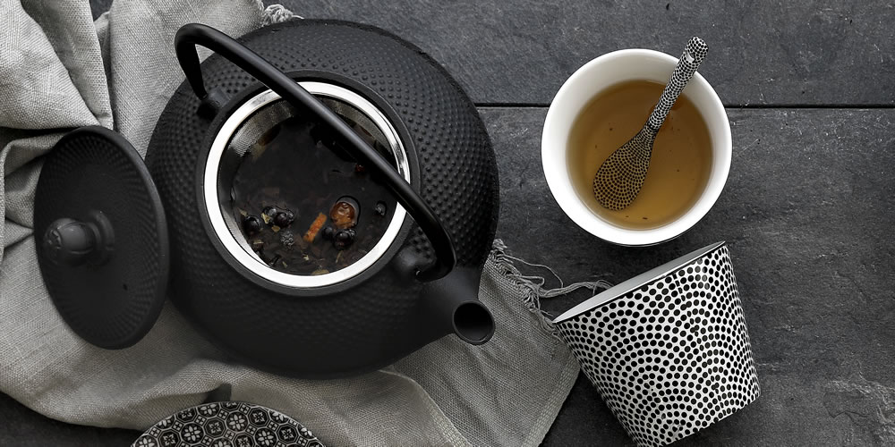 Buy tea accessories with Asian look online cheap! - TDS