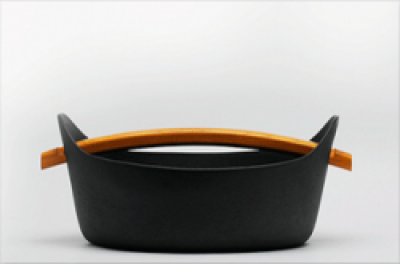 Kamasada Cast Iron Pot at Tokyo Design Studio (picture 2 of 2)